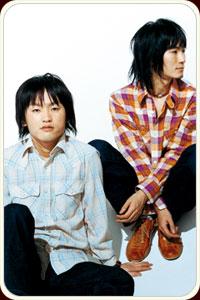 左:吉澤響、右:中内正之
