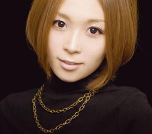 愛内里菜のニューシングル「Friend/素顔のまま」が12/29付オリ... 愛内里菜、9年連続