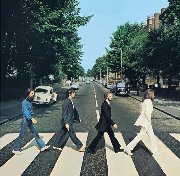 ザ・ビートルズの1969年のアルバム『Abbey Road』のカヴァー・ジャケットに使用され有名になったアビイ・ロード・スタジオ前の横断歩道が英国の文化財にあたるListed