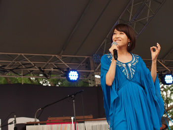 fm802 meet the world beat 2012 miwa