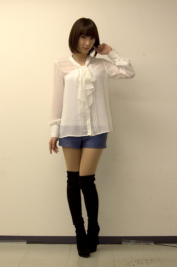 【インタビュー】藍井エイル、『AUBE』アルバム曲にも流れるこだわり。「新しい私を見ていただきたいなと思って」