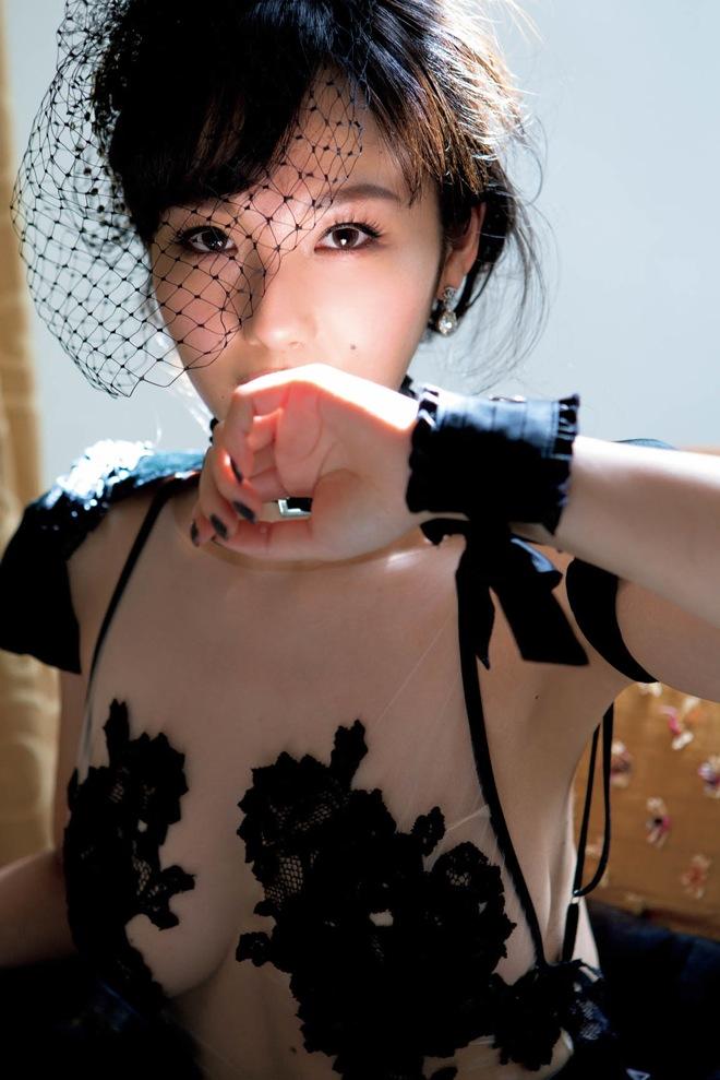 裸で歌う女性歌手〜2曲目xvideo>1本 fc2>1本 YouTube動画>297本 dailymotion>2本 ->画像>308枚
