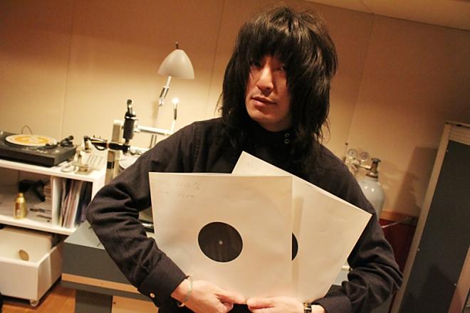 ドレスコーズのニューアルバム『1』は、志磨遼平単独によって制作されたフルアルバム。アナログ盤はオリジナルジャケット仕様となり、2枚組重量盤で制作される。