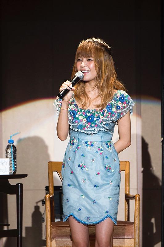 AAA 宇野実彩子がバースデーイベント。「チューインガム」もソロで歌唱