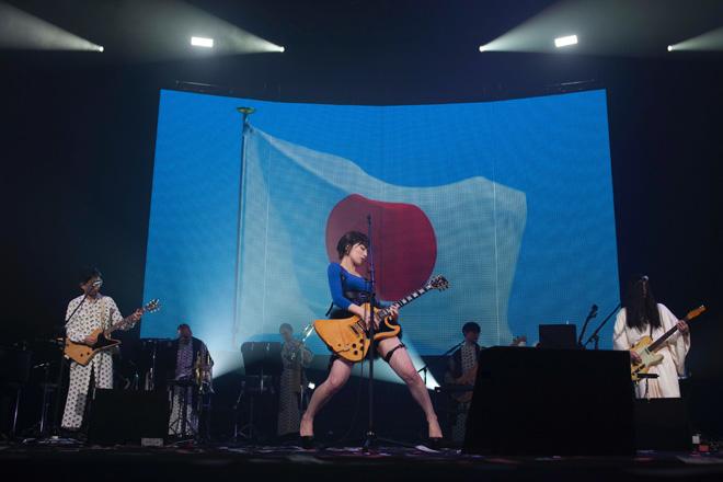 椎名林檎、一大エンタテインメントショーをWOWOWで | BARKS