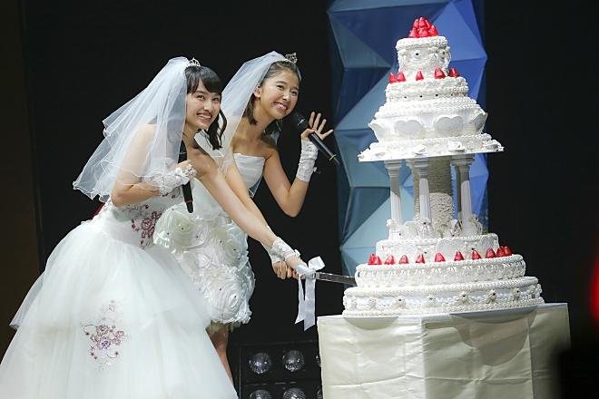 ももクロ百田・玉井、<ももたまい婚>で仲良くウェディング