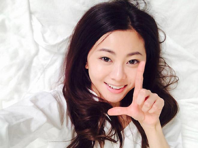倉木麻衣が2月15日、アルバム『Smile』をリリースすることが発表となった。2012年1月に発売された『OVER THE  RAINBOW』以来、約5年ぶりのオリジナルアルバムの完成だ。