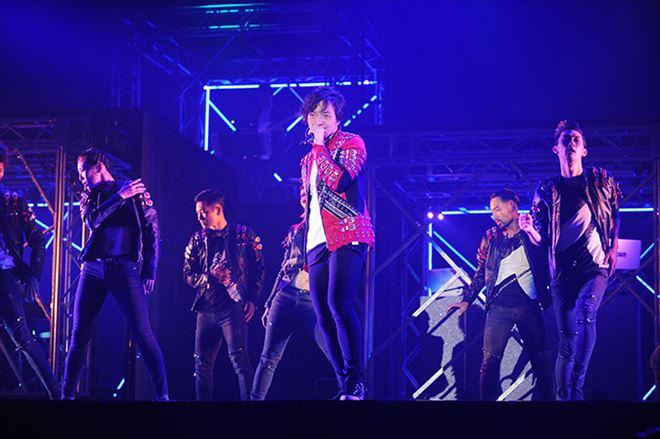 三浦大知が1月22日(日)国立代々木競技場第一体育館にて、2016年9月15日から11月27日まで全国17公演行ってきたツアーのファイナル公演<DAICHI  MIURA LIVE