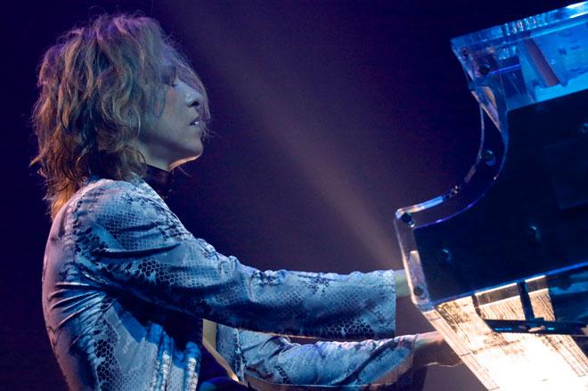 【音楽】YOSHIKI、チケット転売問題へ公式声明「最愛のファンが傷付くのは許される事ではない」