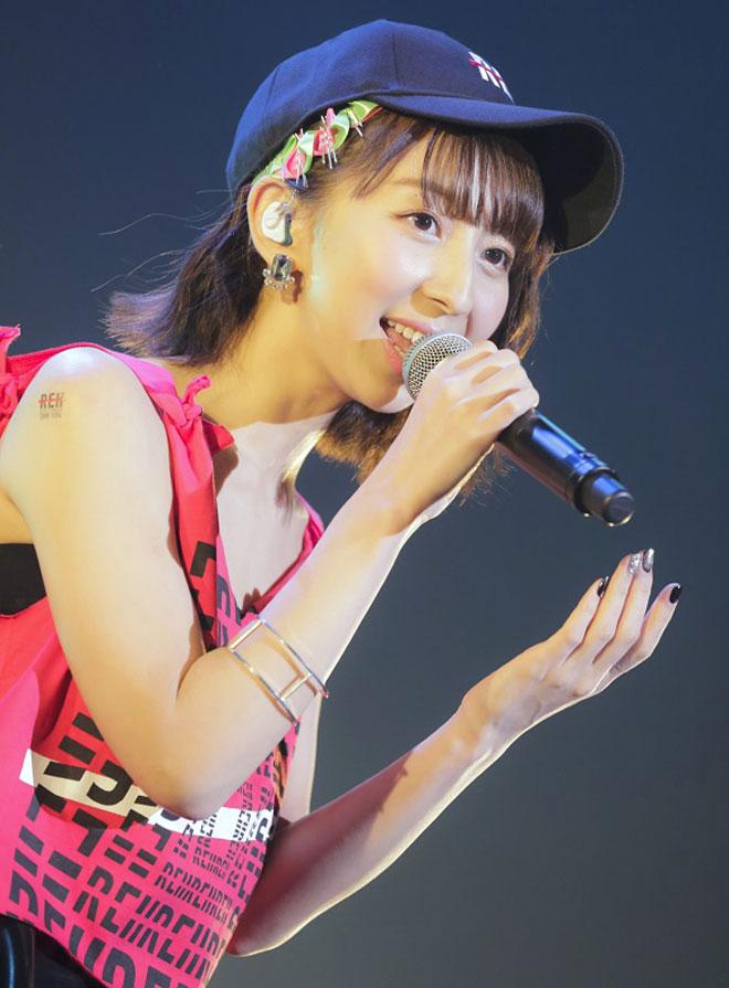 ライブの飯田里穂
