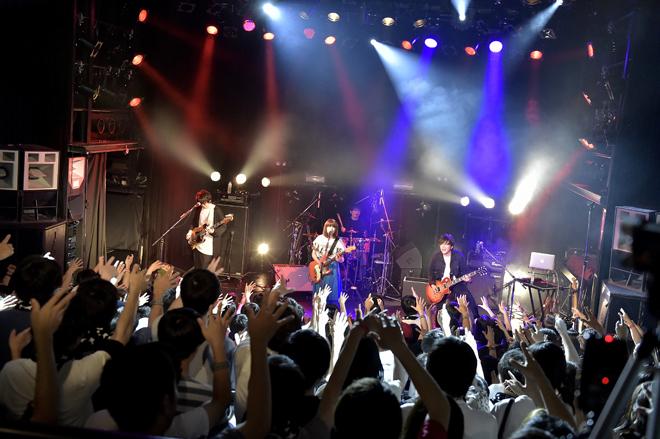 MOSHIMO、初のライブ映像はせつ...
