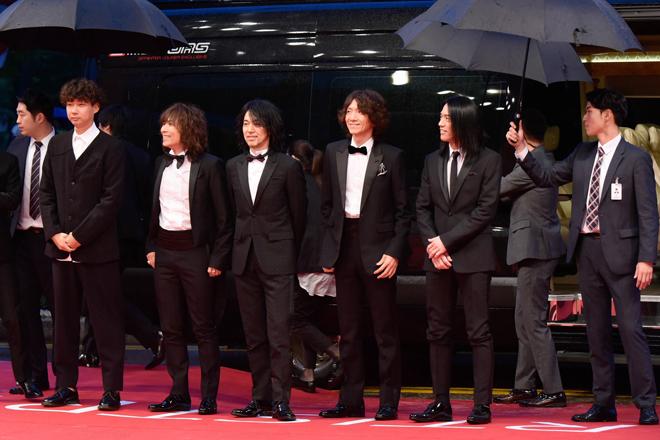 THE YELLOW MONKEY、釜山国際映画祭レッドカーペットに登場