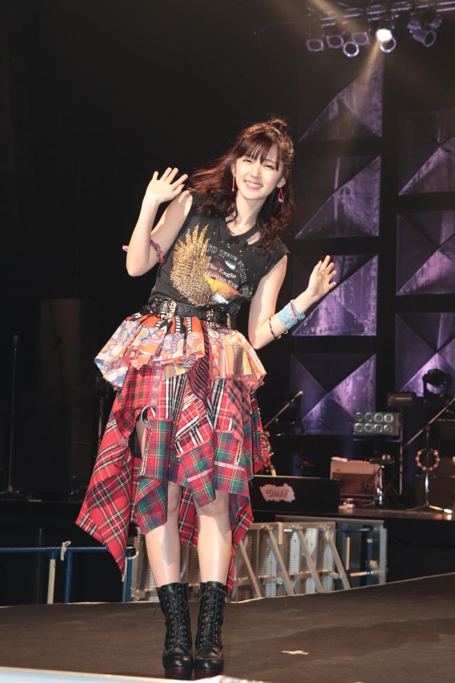 ℃-uteのブログとInstagram更新を辛抱強く待つスレ 941待ち YouTube動画>18本 ->画像>873枚
