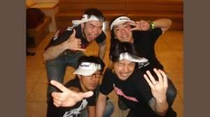 Ken Yokoyama、熱狂の爆汗パフォーマンスをライヴハウスで
