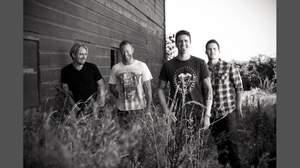 ニッケルバック、11月リリースのニューアルバムから2曲公開