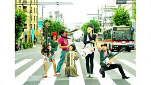 東京カランコロン、フリーミニライブを開催