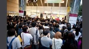 東京カランコロン、渋谷でフリーミニライブ敢行