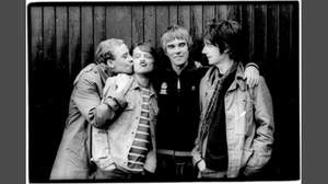 ストーン・ローゼズ、イアンとジョンが16年ぶりにステージで共演