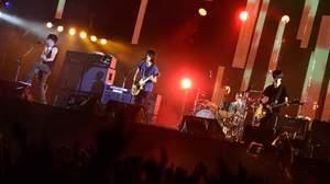 【ライブレポート】BUMP OF CHICKEN、<ROCK IN JAPAN FESTIVAL>で新曲「虹を待つ人」初演奏