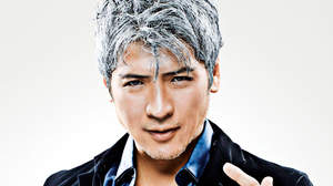 吉川晃司、デビュー30周年当日にツアー開催と4つのアニバーサリー作品リリースを発表