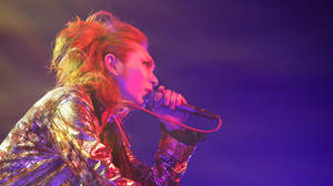 "SCREW、結成8周年記念ライブでニューアルバム&""史上最大の挑戦""発表"
