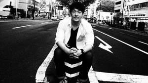 荒井岳史、1stフルアルバム『beside』の発売が決定