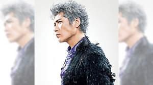 吉川晃司、30周年記念コンプリートシングルコレクションの全曲試聴にレア音源も
