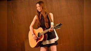 【ライブレポート】片平里菜、歌声に包まれる。完全アンプラグド・ライブでツアー完遂