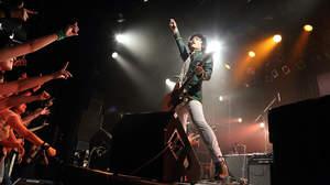 【ライブレポート】中島卓偉、15周年記念ツアー終了。「自分の人生後悔ないように、お互い頑張ろうぜ」