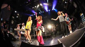 【ライブレポート】LoVendoЯのツアーファイナルに中島卓偉も飛び入り