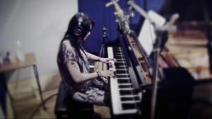 鬼束ちひろ、ピアノ弾き語りティザー映像を公開