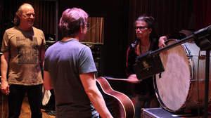 スティーヴン・タイラー、カントリー音楽の新曲を初披露