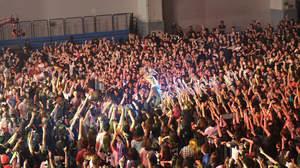 【速報】<JAPAN NIGHT>台北公演、The BONEZ登場でフロアはクレイジーに