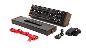 ローランド、モジュラー型アナログシンセサイザーのセット販売開始、音作りに必要な5つのモジュールを組み込んだ「SYSTEM-500 コンプリート・セット」