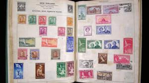 ジョン・レノンの切手コレクション、世界切手展で展示