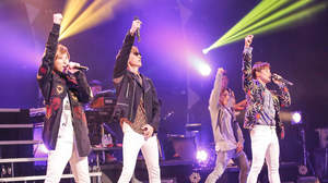 w-inds.、15周年ツアー最終日に橘慶太感涙。「Forever Memories」の新たな記憶