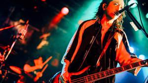 【ライヴレポート】AKi (シド明希)、「純粋に音楽を、ライヴを楽しんでやれたツアーでした」