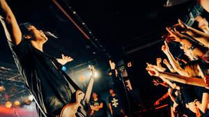THE BLACK COMET CLUB BAND×The Birthday、ロック一色の対バン