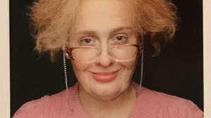 アデル、29歳の誕生日におばさん姿