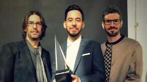 リンキン・パーク、アメリカン・ミュージック・アワード受賞「チェスターへ捧げる」