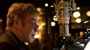レディー・ガガ、コールドプレイ、シーランらがエルトンの名曲をカバーしたアルバム発表