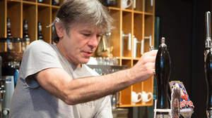 アイアン・メイデンのビール、英国列車内でも販売開始