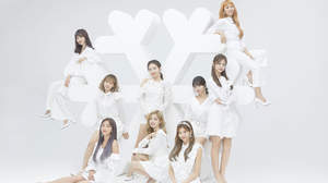 TWICE、新曲「STAY BY MY SIDE」の映像公開+『BDZ』リパッケージ作品12月発売