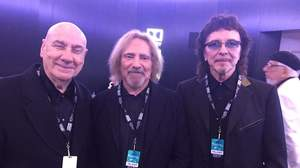 トニー・アイオミ、ギーザー・バトラー、ビル・ワードとアワーズに出席