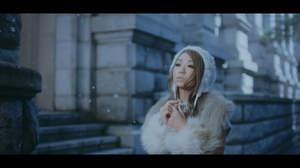 倖田來未、新MV公開。「愛のうた」「you」をオマージュしたカットも