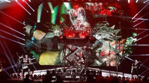 【ライブレポート】KISS東京ドーム公演で、YOSHIKIがサプライズ演奏