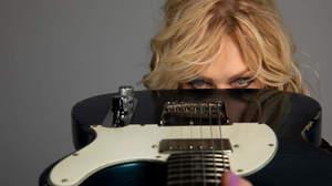 ナンシー・ウィルソン「エドワード・ヴァン・ヘイレンにアコースティック・ギターをあげたのは私」