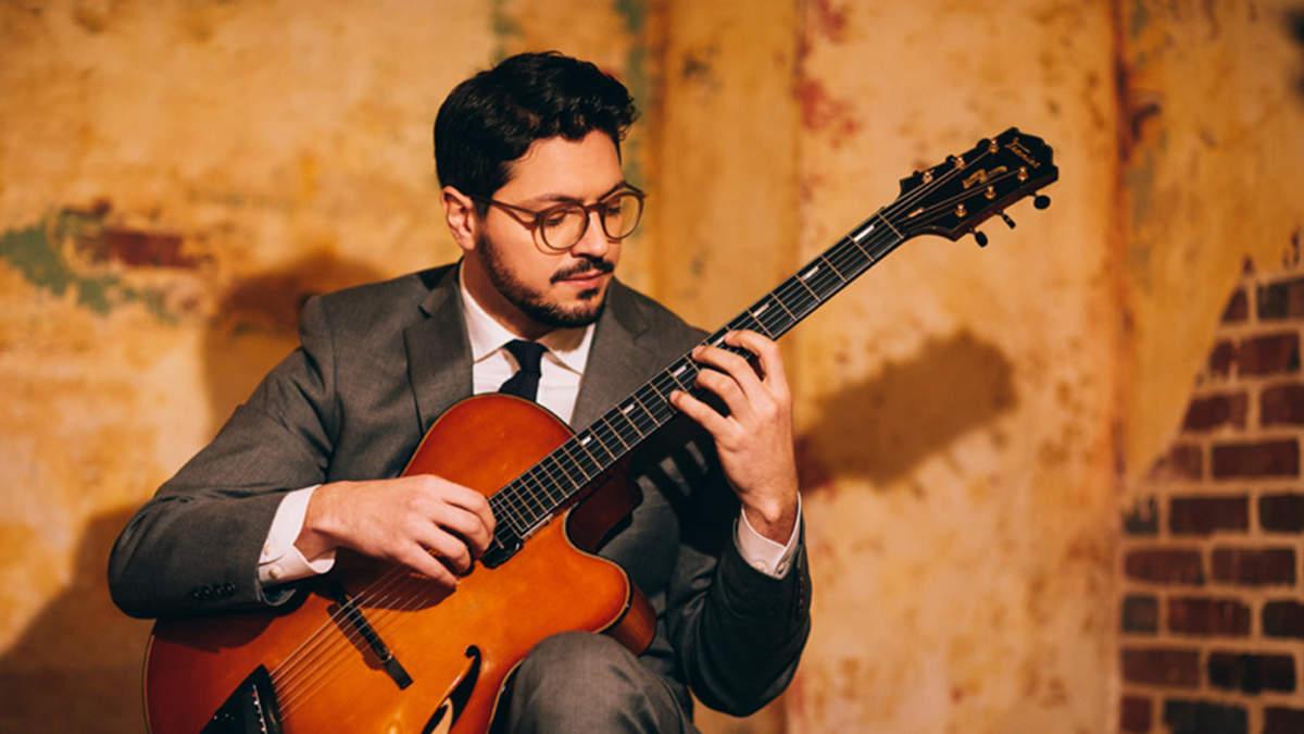 ジャズ界に現れた驚異のギタリスト=パスクァーレ・グラッソ、世界に先駆け本日CDデビュー
